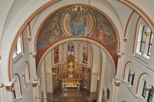 obok-prezbiterij1_1280